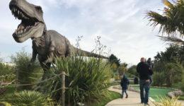 dinosaur_golf_853x481
