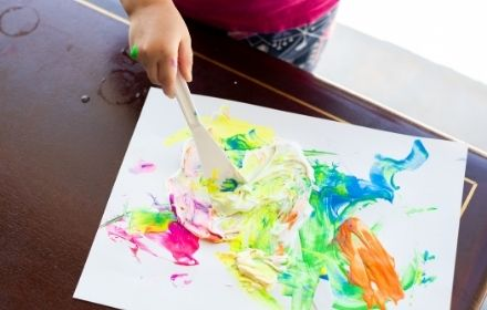 Creative and messy play for baby and toddlers near Marlow