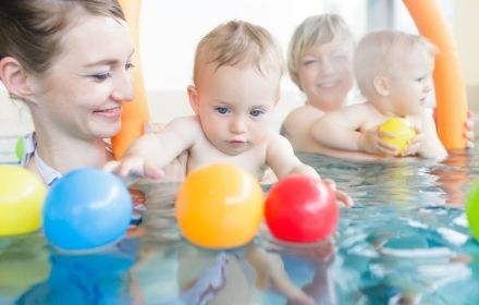 Parent and Child swimming lessons near Marlow