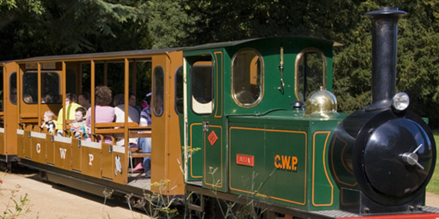 Cotswold Wildlife park train
