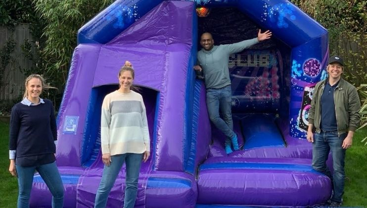 MarlowMums.com revews 'Bounce Buddy'... the new Marlow based bouncy castle business