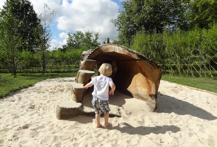 Dinton Pastures Country Park Free Day Out